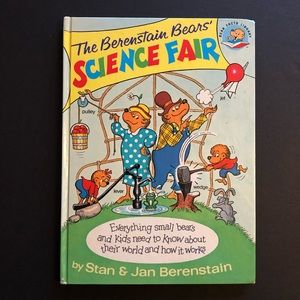 5/$25 VTG Berenstain Bears Science Fair Kids Book